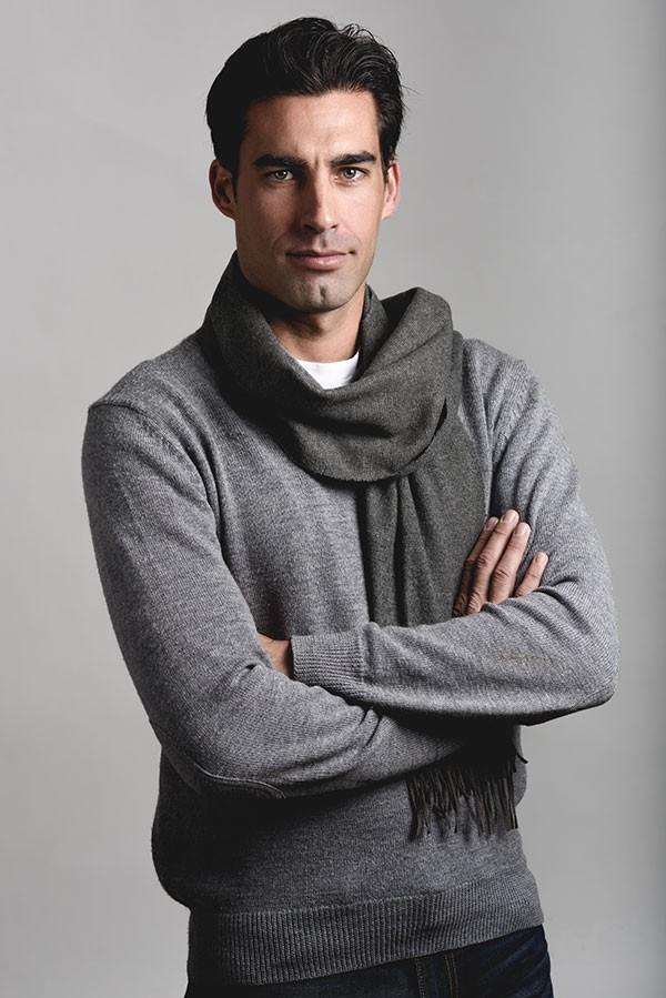 Siva bluza + gratis ešarpa