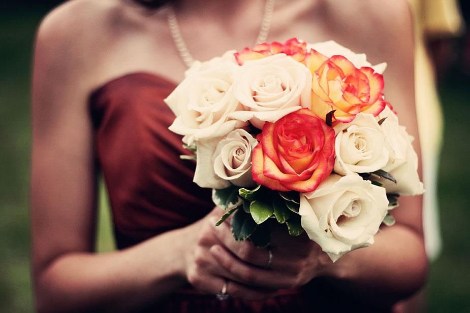 20 odevnih kombinacija za venčanje vaše najbolje drugarice